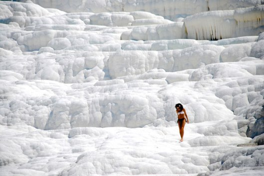 amazing-places-antelope-pamukkale-2